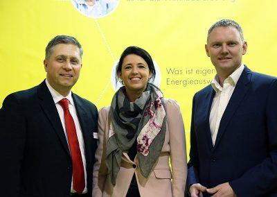 news_energiesparmesse-wels-erich-haudum-petra-leingartner-franz-schatz_800x600