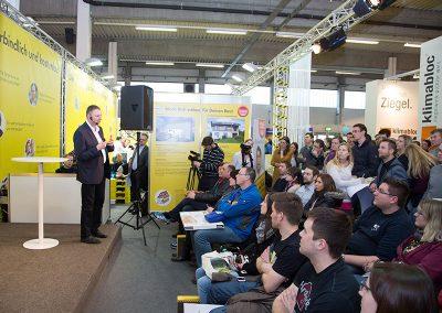 news_tipps-fuer-sanierer-baumeister-franz-schatz-energiesparmesse-wels-2015_800x600